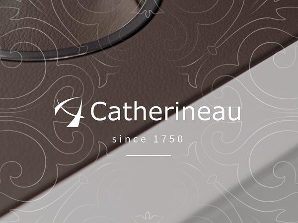 <span>Catherineau</span><i>→</i>