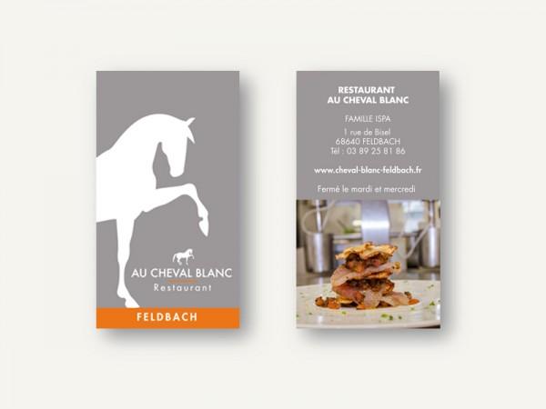 <span>Restaurant au cheval Blanc</span><i>→</i>