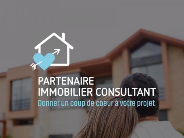 <span>Mon Partenaire Immobilier</span><i>→</i>